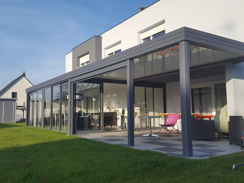 veranda combin avec pergola. Black Bedroom Furniture Sets. Home Design Ideas